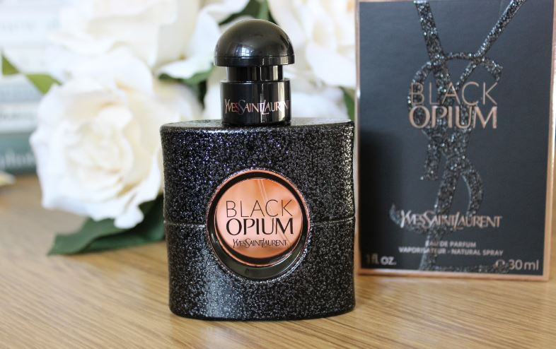 black-opium-top-10-best-halloween-perfumes-2017