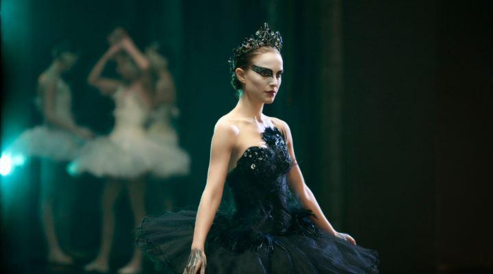 black-swan-top-10-moviies-by-natalie-portman-2017