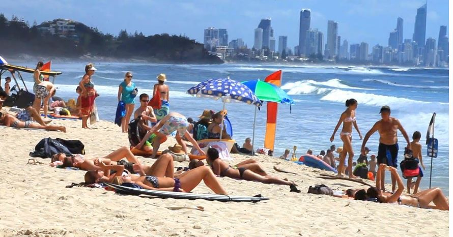 burleigh-heads-top-most-popular-beaches-of-australia-2018