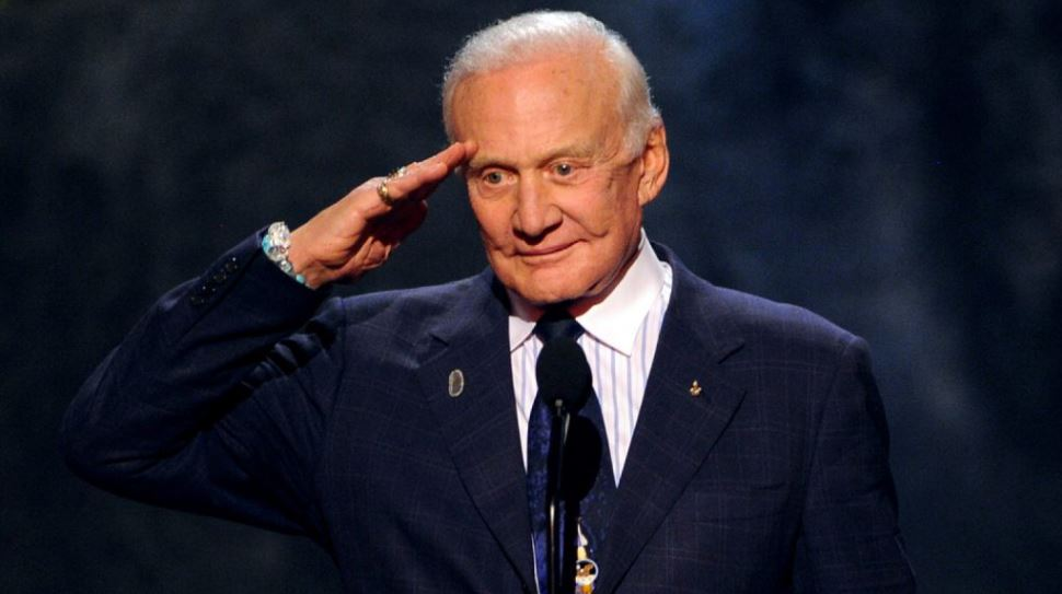 buzz-aldrin-top-famous-celebrities-who-struggled-with-mental-illness-2018