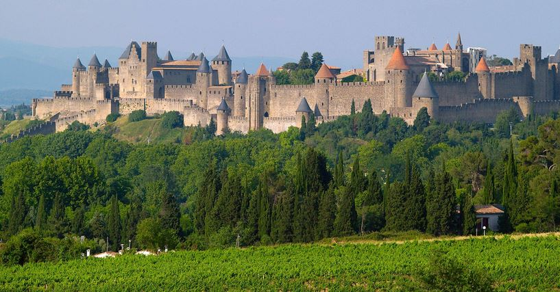 carcassonne-top-most-popular-historical-places-in-france-2018