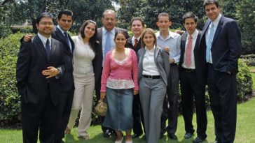 carlos-slim-helu-and-family-top-most-famous-richest-families-2018