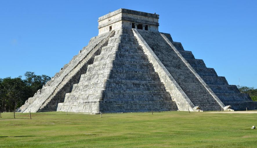 chichen-itza-top-most-wonders-in-the-world-2017