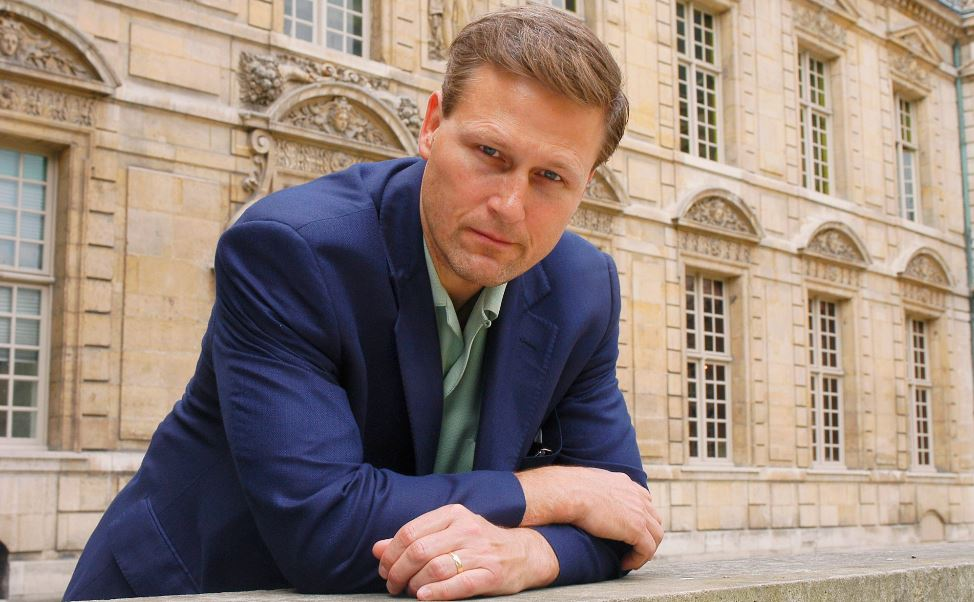 david-baldacci-top-most-famous-handsome-writers-2019