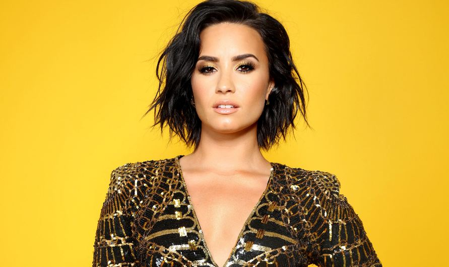 demi lovato, Top 10 Most Beautiful Sexiest Women in Pop Music 2019