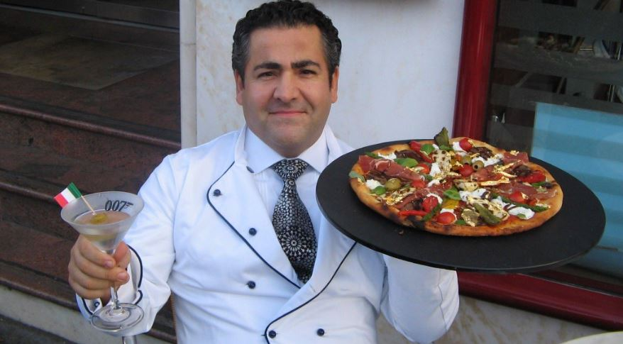 "Domenico Crolla's ""Pizza Royale 007"""