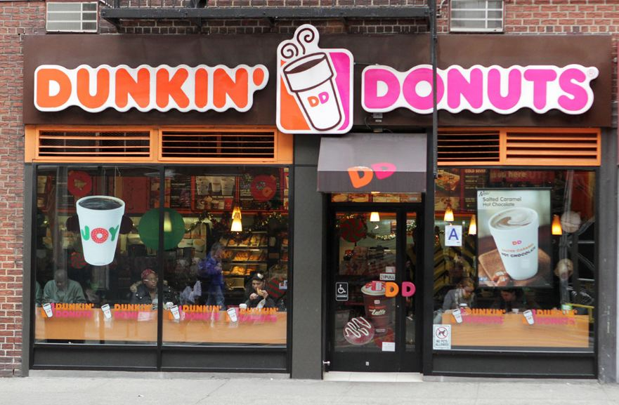 dunkin-donuts-top-10-most-popular-fast-food-chains-in-usa-in-2017-2018