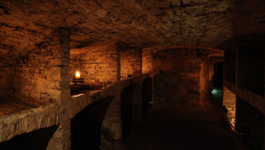 edinburgh-vaults-top-most-places-to-fear-in-halloween-night-2017