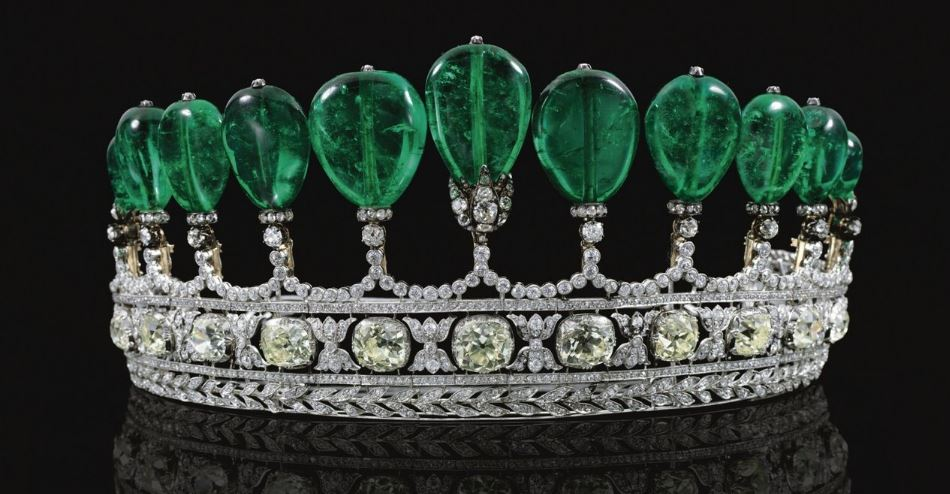 Emerald and Diamond Tiara Top Most Popular Expensive Jewellery Pieces in The World 2018