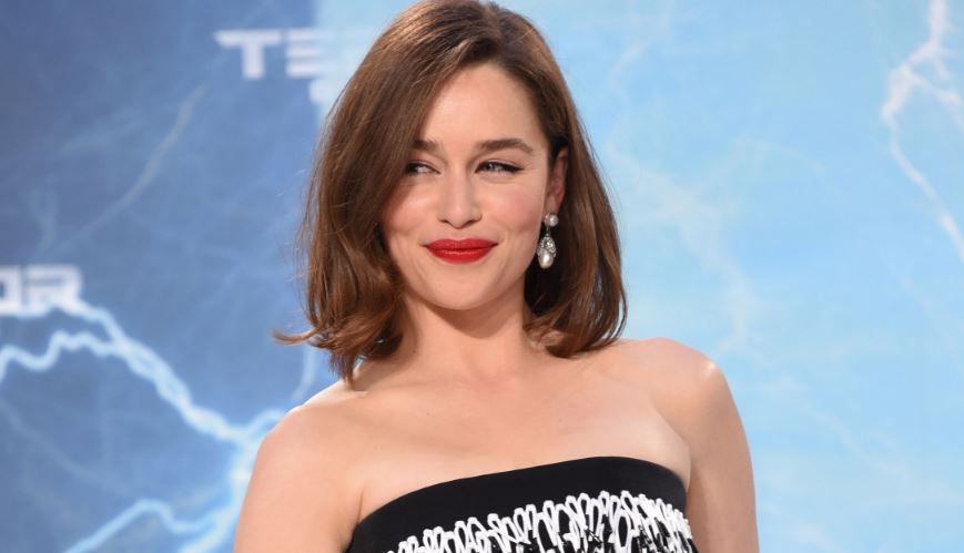 emilia-clarke-top-famous-actors-who-are-unexpectedly-good-singers-2019