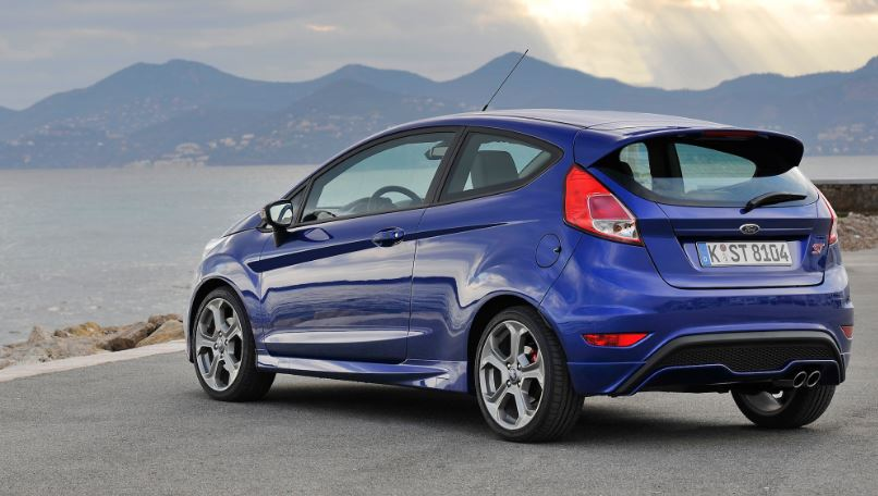ford-fiesta-st-top-most-popular-cheapest-sports-cars-2018