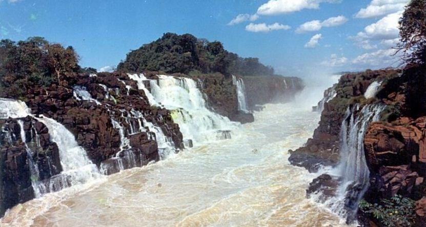 guaira-salto-del-top-popular-largest-waterfalls-in-the-world-2017
