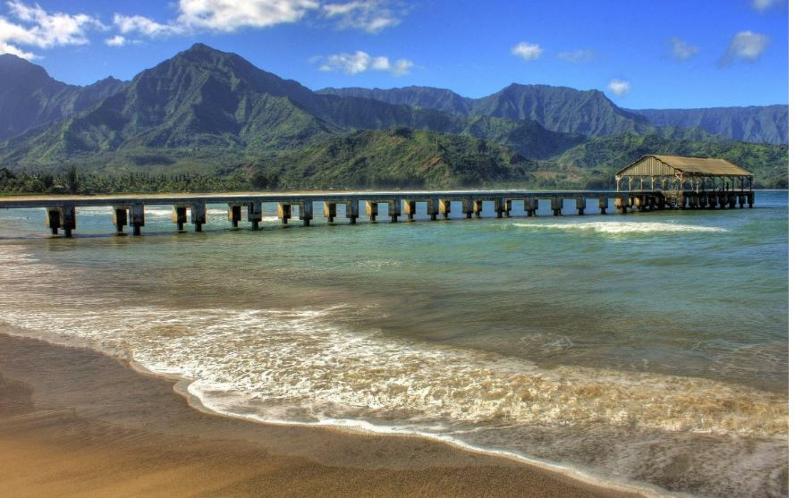hanalei-sound-hawaii-top-most-famous-beautiful-beaches-in-the-world-2018