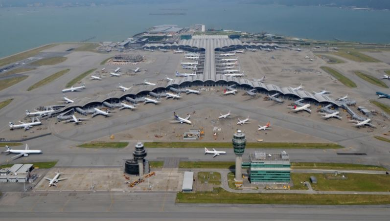 hong-kong-international-airport-top-famous-strangest-airports-in-the-world-2019