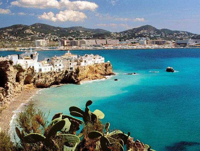 ibiza-top-most-popular-daytime-tourist-attractions-in-spain-2018