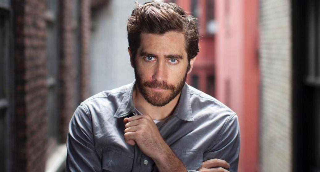 jake-gyllenhaal-top-famous-looking-handsome-bearded-men-2018