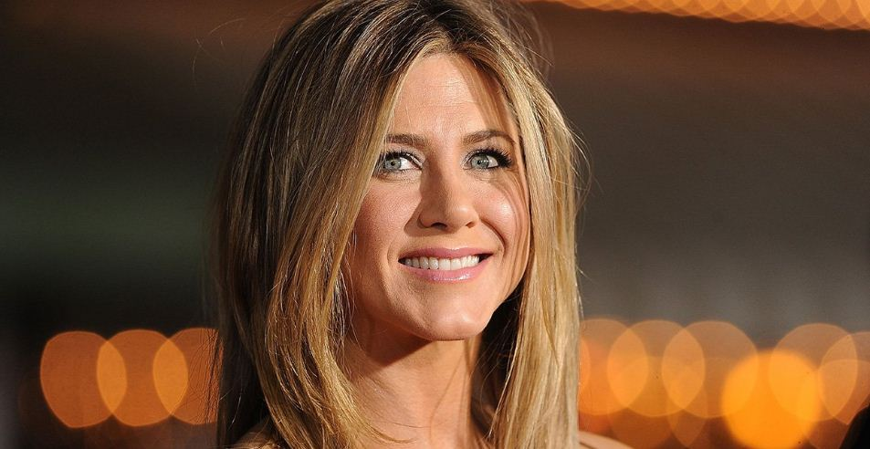 jennifer-aniston-top-10-most-superstitious-performers-of-hollywood
