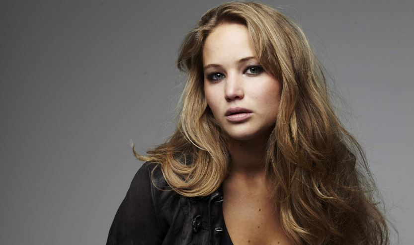 jennifer-lawrence-top-famous-hottest-curvy-celebrities-in-hollywood-2019