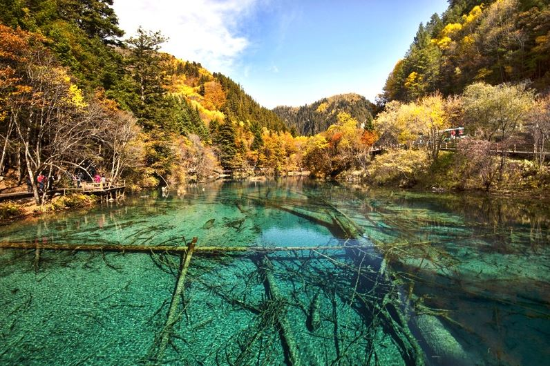 jiuzhaigou-valley-top-most-popular-tourist-attractions-in-china-2018
