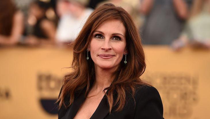 julia-roberts-top-10-most-popular-hollywood-actresses