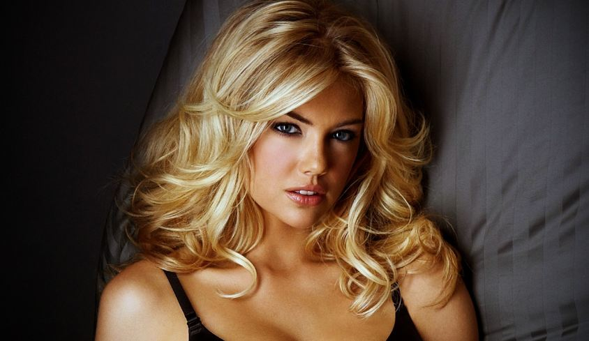 kate upton, Top 10 Hottest Curvy Celebrities in Hollywood 2017