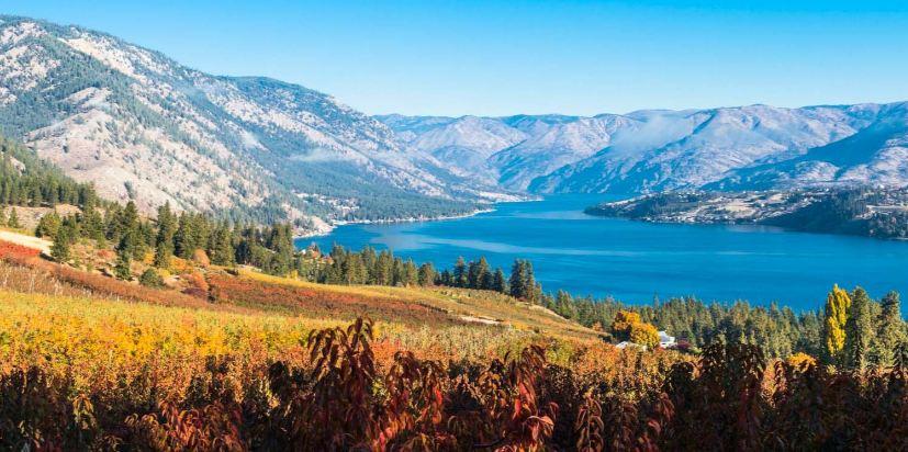 lake-chelan-top-amazing-lakes-in-usa-2017
