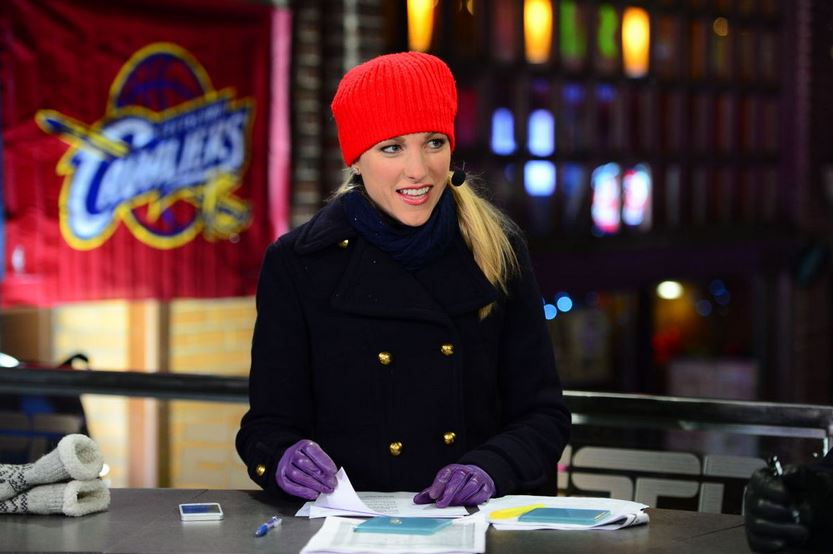 lindsay-czarniak-top-most-women-sports-reporters-ever-2017