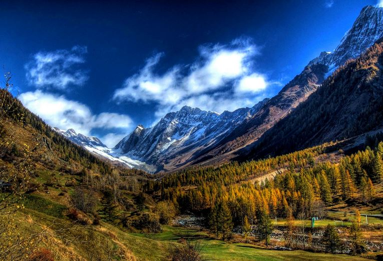 lotschental-top-most-popular-beautiful-valleys-in-the-world-2018