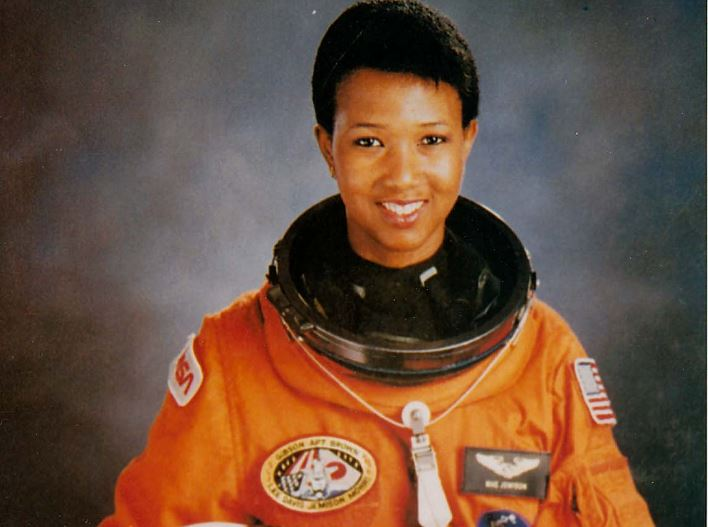 mae-jemison-top-most-experienced-us-astronauts-2017