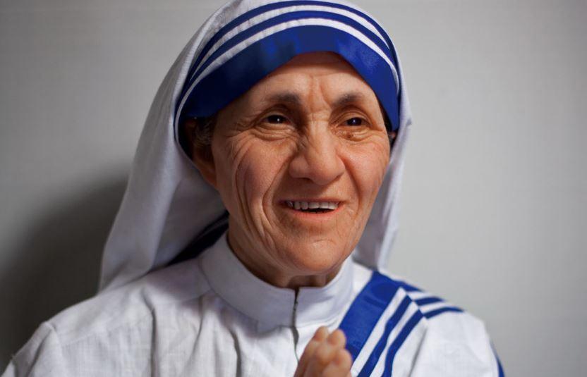 mother-teresa-top-10-most-peaceful-men-ever