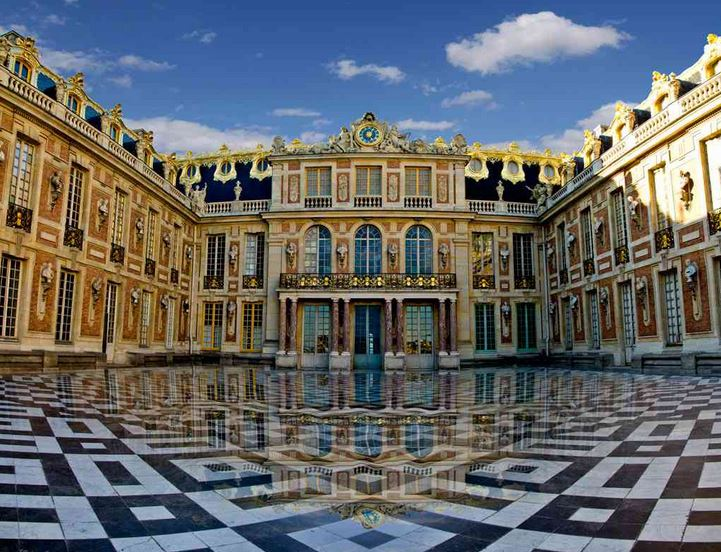 palace-of-versailles-top-famous-historical-places-in-france-2018