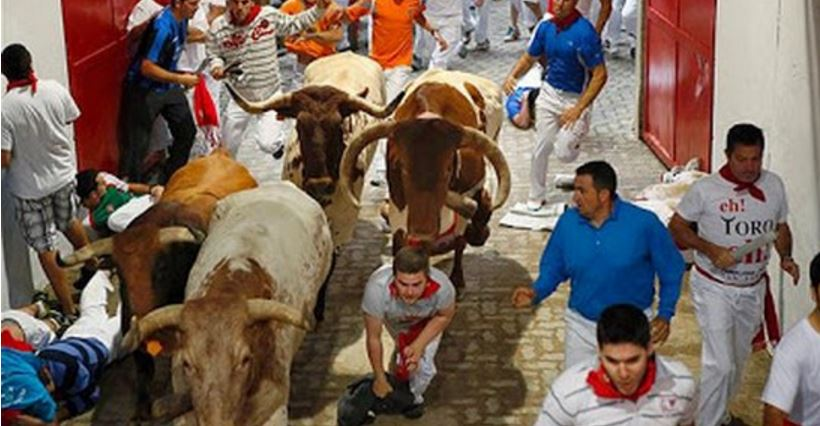 pamplona-bull-run