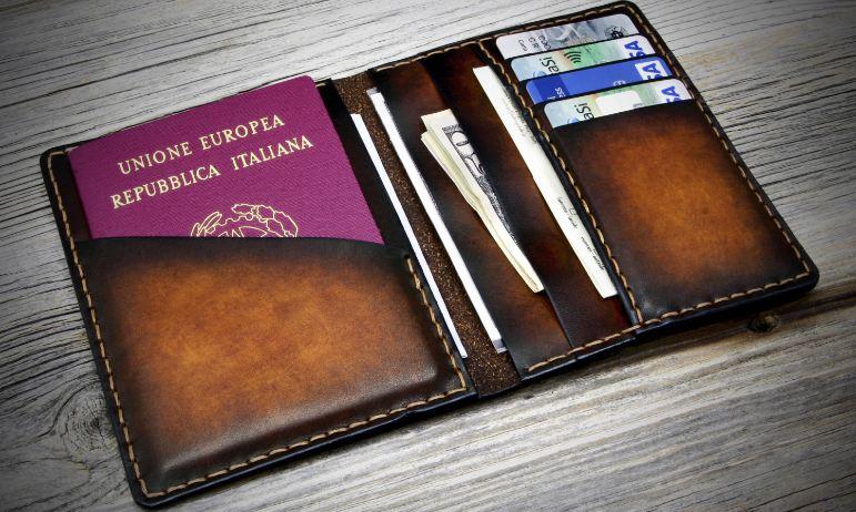passport-cover-wallets-top-popular-elegant-wallets-for-women-2018