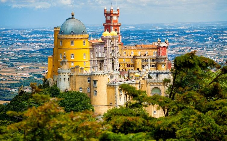 pena national palace, Top 10 Most Beautiful Royal Palaces in The World 2017