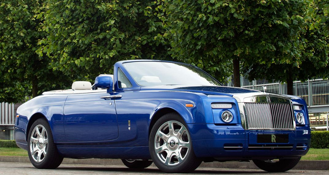 phantom-drophead-coupe-top-most-famous-rolls-royce-cars-in-the-world-2019
