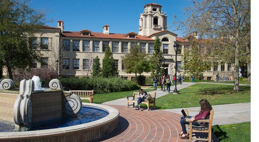 pomona-college-top-famous-universities-in-california-2018