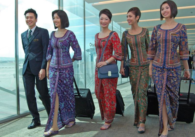 singapore-aircrafts-airlines-with-top-most-beautiful-and-attractive-air-hostesses-in-the-world-2017