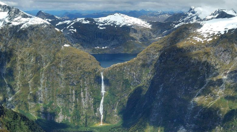 sutherland-falls-from-new-zealand-top-ten-most-beautiful-waterfalls-in-the-world