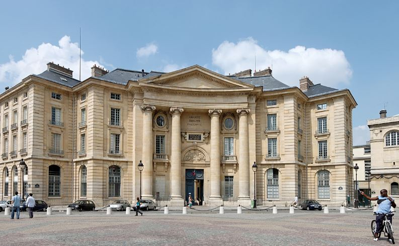 universite-paris-i-pantheon-sorbonne-top-most-famous-universities-in-paris-2019
