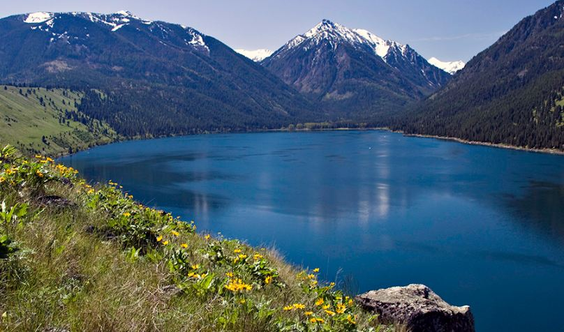 wallowa lake, Top 10 Most Amazing Lakes in USA For Summer Vacations 2017