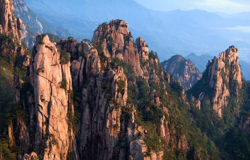 yellow-mountains-top-most-tourist-attractions-in-china-2017