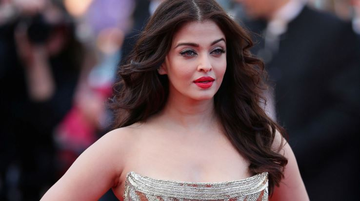 aishwarya-rai-bachchan-top-10-most-successful-bollywood-actresses-2017