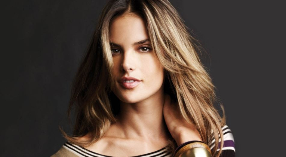 alessandra-ambrosio-top-10-celeb-moms-who-look-hotter-than-ever-2017