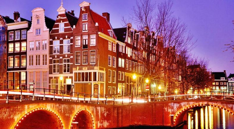 amsterdam-top-10-cities-for-night-life-in-the-world-2017
