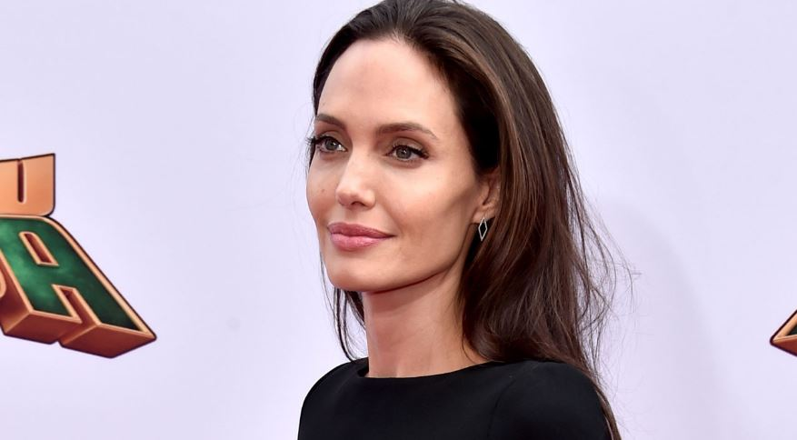 angelina-jolie-top-ten-best-female-voice-actors-2017