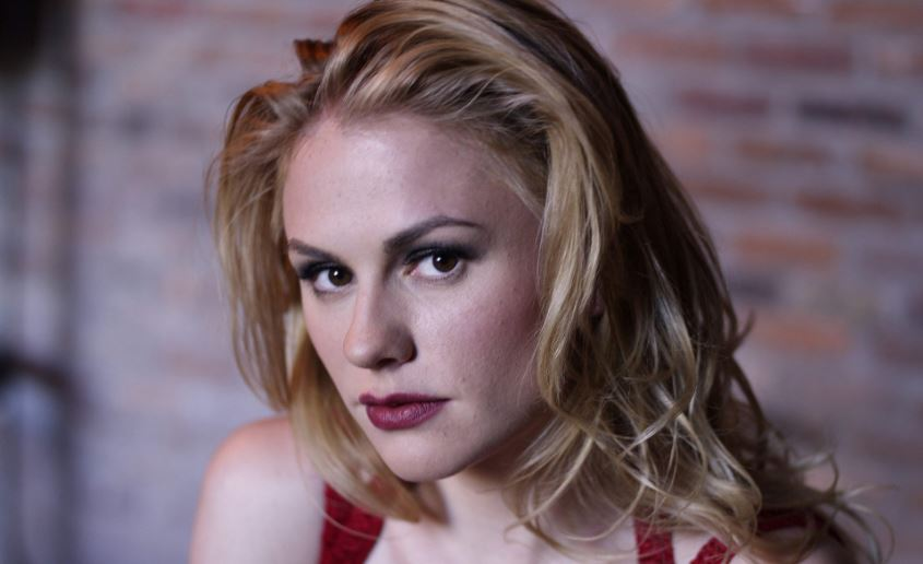 anna-paquin-most-famous-hottest-soccer-moms-in-world-2018