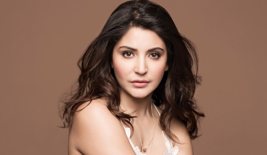 Anushka Sharma Top 10 Highly Exotic Bollywood Actresses 2017