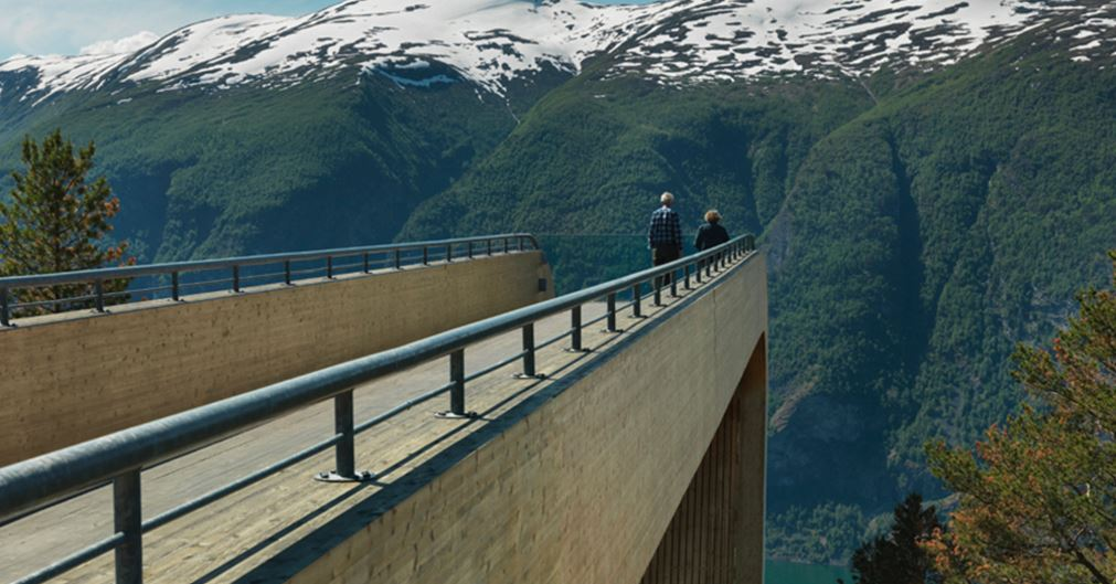 aurland-lookout-aurland-norway-top-popular-unforgettable-skywalks-from-around-the-world-2017