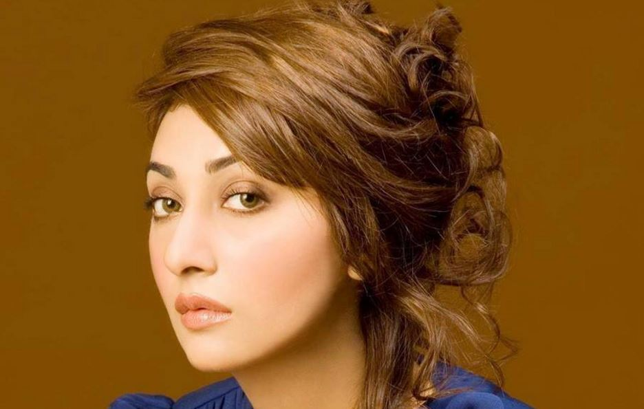 ayesha-khan-top-most-beautiful-pakistani-television-actresses-2017