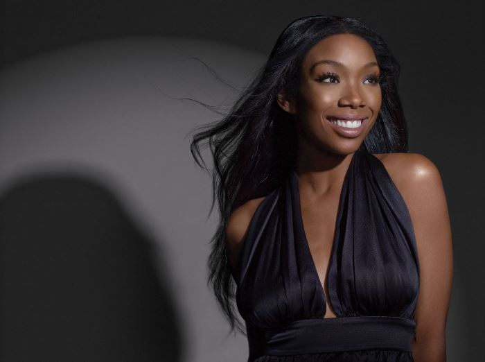brandy-norwood-top-10-female-celebrities-with-natural-hairs-who-look-better-2017